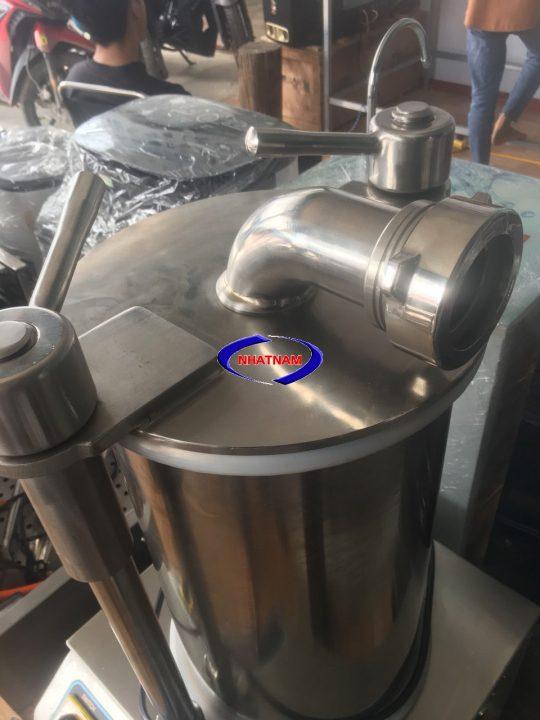 Máy đùn xúc xích thủy lực SF-150