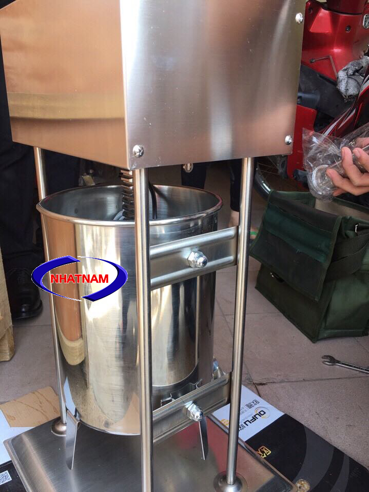 Máy đùn xúc xích dùng điện 20 lít