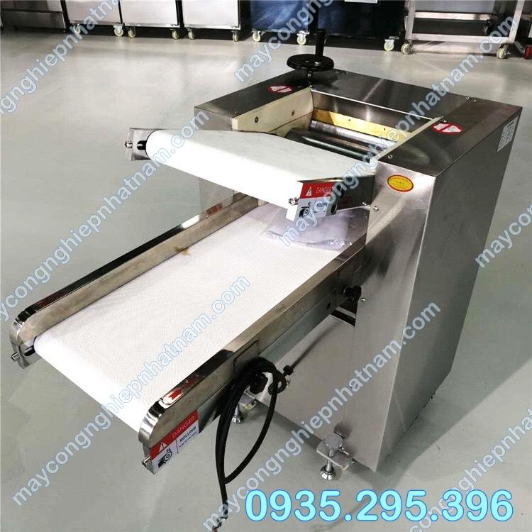 Máy cán bột công nghiệp ZD - 500