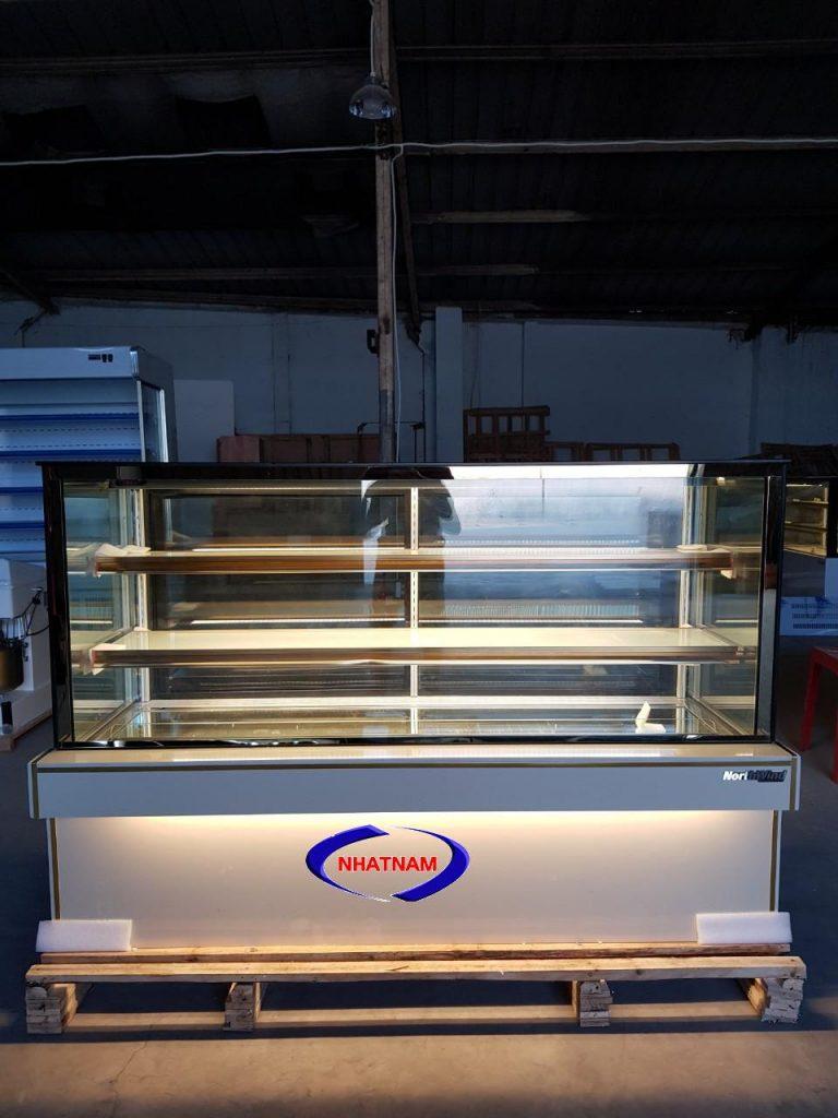 Tủ trưng bày bánh kem 3 tầng