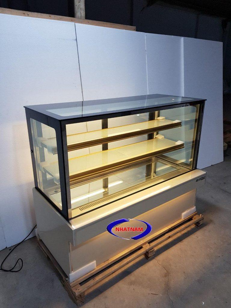 Tủ trưng bày bánh kem 3 tầng 1,5m